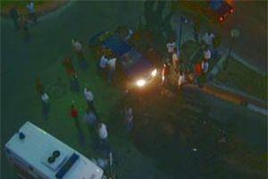 Kuşadası'nda trafik kazası: 2 yaralı.7770