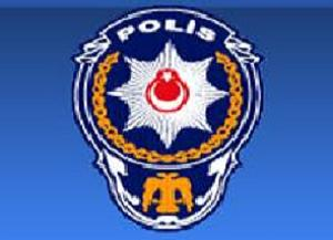 Polisten ailelere hafiyelik görevi!.12300