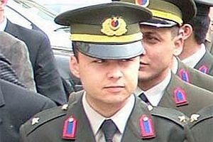 25 yaşındaki teğmen intihar etti.17021