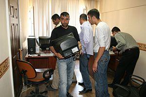 Vakit'in bilgisayarları ve faks makinesi haczedildi.31382