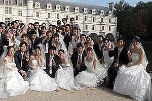 Binlerce Çinli Olimpiyat açılışında evlenecek.25009