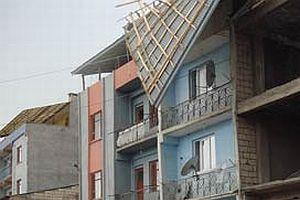 Şiddetli fırtına çatıları uçurdu.14550