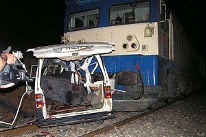 Gaziantep'te korkunç kaza! Minibüse tren çarptı: 11 ölü.16559