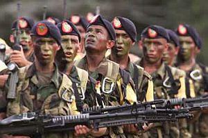 Kolombiya askerlerine pusu: 7 ölü.18100