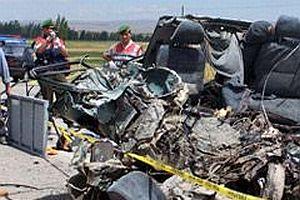 Yurt genelindeki trafik kazalarında 7 kişi öldü.21858