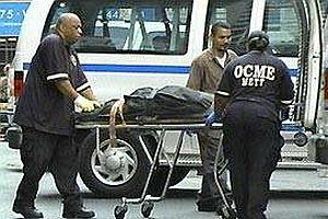 20 yaşındaki Kazak manken intihar etti.23171