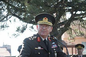 Emekli orgeneral Tolon Paşa'dan mesaj!.24580