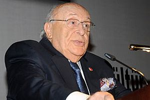 Demirel, Org. Başbuğ'a destek verdi.10488