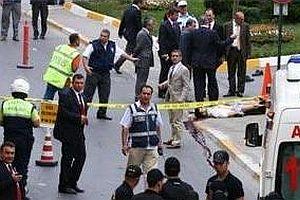 Ba�konsolosluk'taki sald�rganlar� trafik polisi �ld�rd�.21879