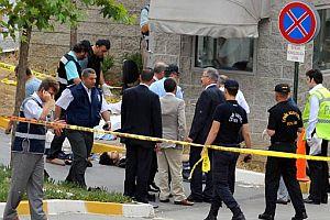 3 polisi şehit eden teröristlerin 2'si sabıkalı çıktı.23562