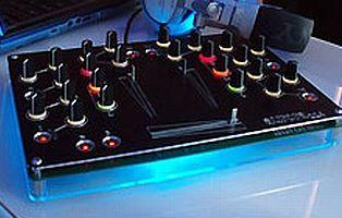 Açık kaynaklı DJ mikseri.16516
