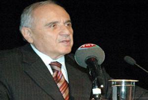Milli Savunma Bakanı Gönül İtalya'da.9805