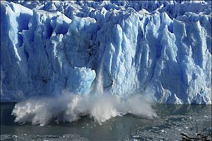 Buzuldan 2 dev parça koptu.20088