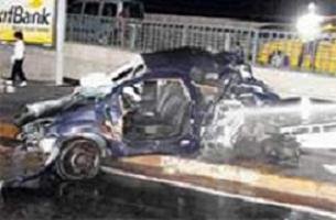 Otomobil yarışı ölüm getirdi.13034