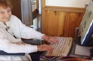 İnternetin büyükannesi vefat etti.10417