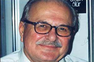 Yazar Fethi Naci hayatını kaybetti.11965