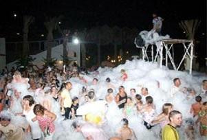 Antalya'da köpük partileri yasaklandı.14089