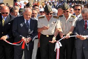 Mehmetçik anıtı törenle açıldı.16382
