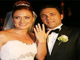Ceyda Düvenci evlendi.9681