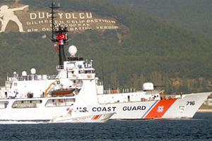 ABD bayraklı gemi boğazdan geçti.13333