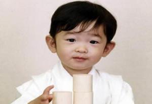Bu çocuk doğuştan imparator.6593