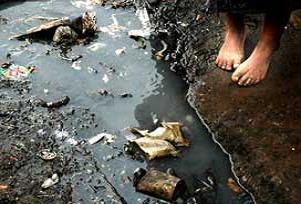 589 kişi koleradan hayata veda etti.18202