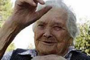 Avrupanın en yaşlı kadını.10617
