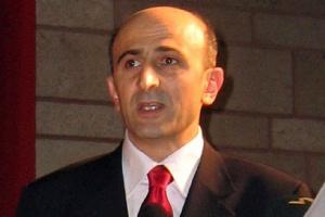Eminağaoğlu'na protesto şoku!.8462