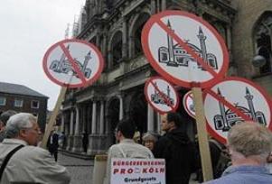Köln'de İslam karşıtı gösteri iptal edildi.14673