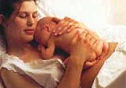 Bebek annesini emerken boğuldu.30071