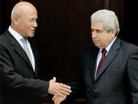 Kıbrıs müzakereleri zorlu geçecek.9104