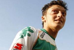 Mesut Özil Alman ordusunda.8880
