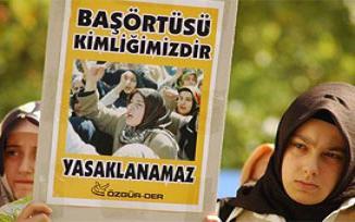 Başkentte başörtü yasağı protesto edildi.16900