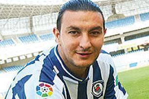 Necati Ateş yeni kulübünde mutlu.17046