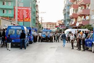 Altınova'da 19 zanlı adliyede.14289