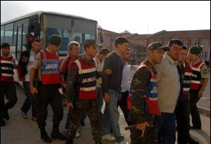 Altınova'daki olaylara 2 tutuklama.12989