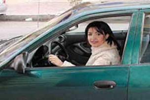 İran'da 'kadına özel' otomobil.11512