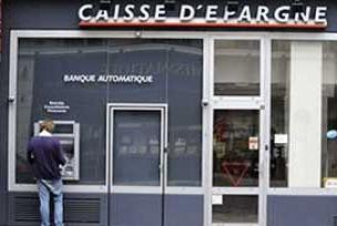 Fransa'nın iki büyük bankası birleşiyor.12703