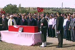 Şehitlerimiz için Cizre'de tören düzenlendi.13874
