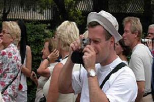 Turistleri rahatsız eden esnafa ceza.15154