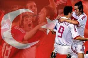 Millî heyecan İnönü Stadı'nda.13774