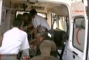 Adana'da kaza: 1 �l� 3 er yaral�.12203
