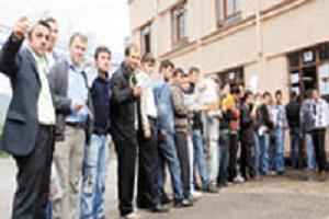 Bir kişilik iş ilanına 500 kişi başvurdu.13471