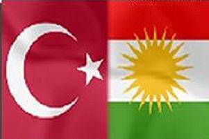 Ay-yıldız ile sözde 'Kürt bayrağı' yan yana!.8677