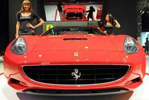 Ferrari tutkunları kriz dinlemedi.14790