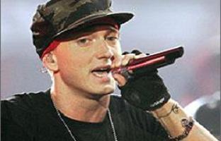Eminem hayranlarına müjde.11164