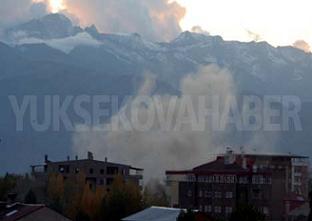 Yüksekova'da şiddetli patlama.8598