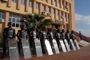 8 El Kaide zanl�s� tutukland�.15540