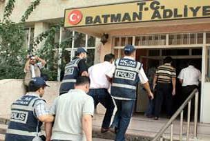 Batman'da 3 tehditçiye gözaltı.17532
