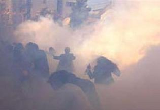 Keşmir'de çatışmalar: 10 ölü.6398
